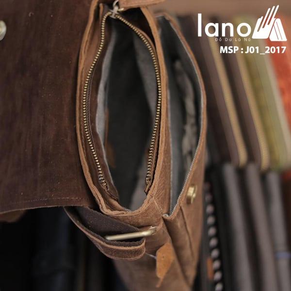 Túi đeo chéo nam da thật JEEP 01 - 2017 bên trong