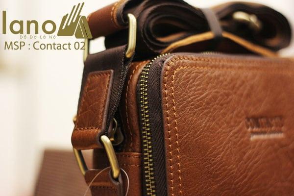 Túi đeo chéo nam da bò Contact 02 khóa và chi tiết nhỏ