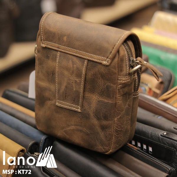 Túi đeo chéo nam kiểu dáng mini da bò sáp KT72 mặt sau