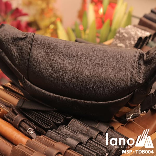 Túi đeo chéo bụng da bò thời trang Lano phong cách TĐB004 mặt sau
