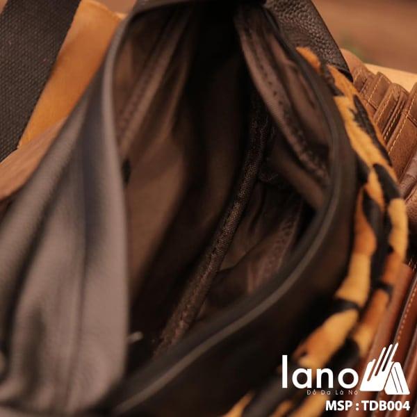 Túi đeo chéo bụng da bò thời trang Lano phong cách TĐB004 bên trong