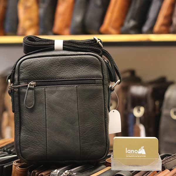 Túi da nam đeo chéo giá rẻ Lano sang trọng thời trang KT106 đen - mặt sau