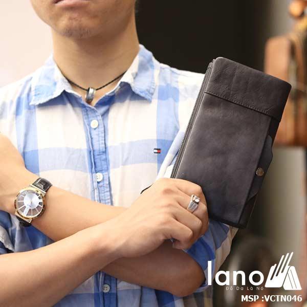 Ví cầm tay nam Lano thời trang cao cấp VCTN046 - trên tay
