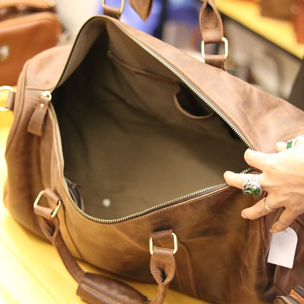 Túi du lịch nam da bò Lano TT09 - ngăn trong