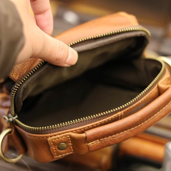 Túi đeo chéo nam mini da bò Lano KT118 bên trong