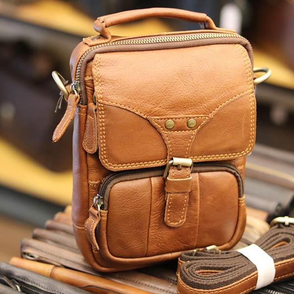 Túi đeo chéo nam mini da bò Lano KT118 nhìn nghiêng