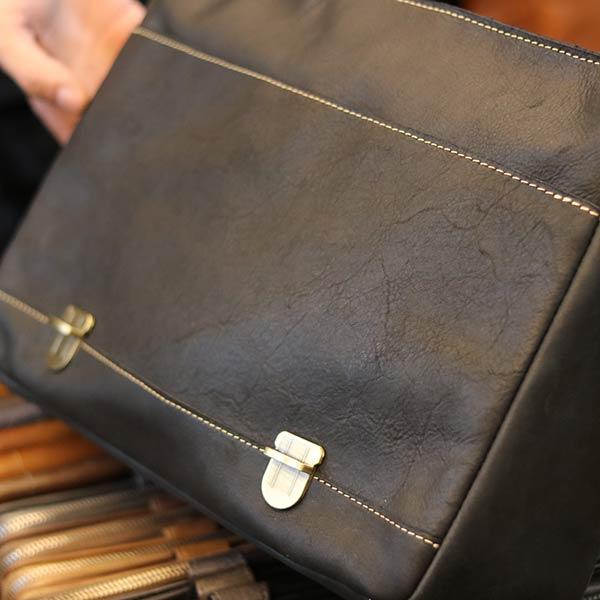 Cặp nam công sở đựng laptop 14 inch làm từ da bò cao cấp CD89 màu đen khóa trước