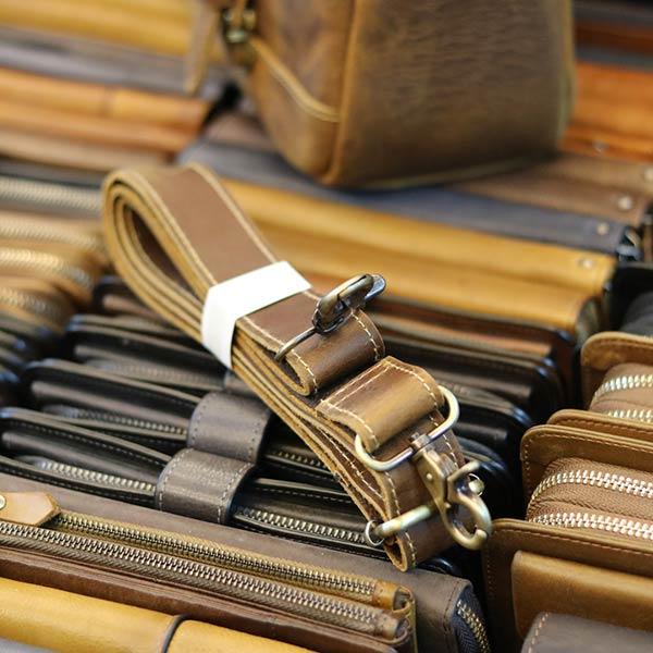 Túi bao tử đeo chéo ngực da bò sáp xịn cực thời trang TDL56 dây đeo da bò