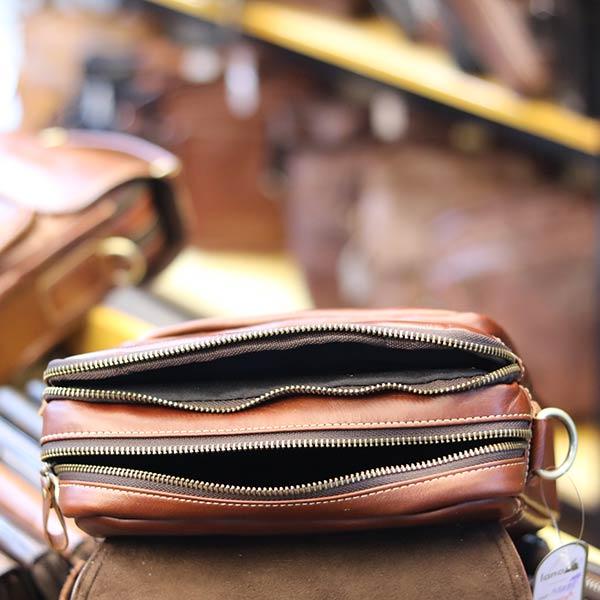 Túi da nam đeo chéo đựng iPad 2 ngăn khóa có tay xách KT135 ngăn đựng