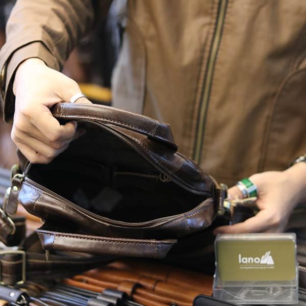 Túi da nam đeo chéo xách tay sang trọng KT129 bên trong