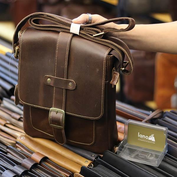 Túi đeo chéo nam da bò thật thời trang đẳng cấp 2019 KT133 góc nghiêng