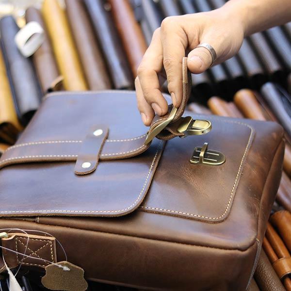 Túi đeo chéo nam da bò thật thời trang đẳng cấp 2019 KT133 mở nắp ngăn chính