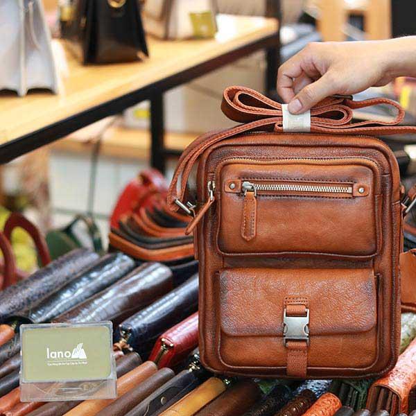Túi da đeo chéo nam dạng hộp dày dặn tiện lợi KT186